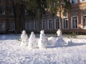 Снеговички....